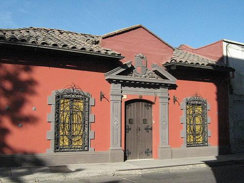 Casa con instalaci n el ctrica antigua programa casa - Fotos de casas antiguas ...